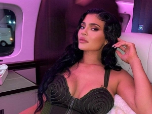 Kylie Jenner Looks Stunning In Dual Toned Bodycon Dress