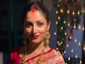 Yami Gautam Flaunts Her After Marriage Look In Red Bindi And Bright Lipstick