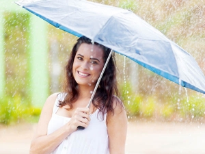 Monsoon Hair Care Tips To Avoid Hair Fall Hair Damage And Oily Hair During The Rainy Season