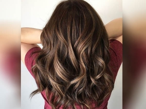 How To Highlights Hair At Home Step By Step In Hindi