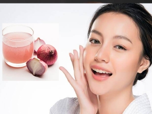 Right Way To Apply Onion Juice On Face For Glowing Skin In Hindi