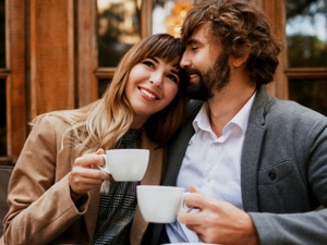 Signs That Tells You Should Meet Your Online Dating Partner