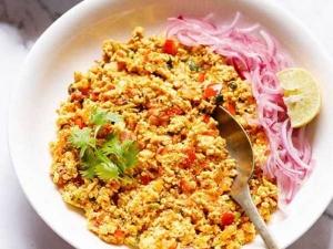 Easy Paneer Bhurji Recipe At Home In Hindi