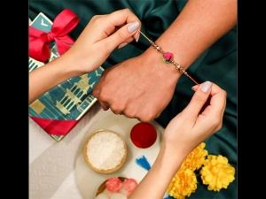 Raksha Bandhan 2021 Date Shubh Muhurat Special Sanyog Mantra In Hindi