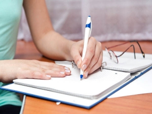Left Handers Day 2021 History Significance And Interesting Facts In Hindi