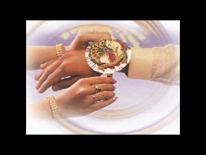 Raksha Bandhan 2021 Avoid Tying Rakhi In Bhadrakal Know Date And Shubh Muhurat