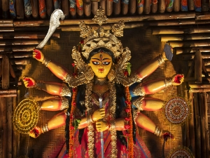 Shri Durga Chalisa Lyrics Significance Benefits And Meaning In Hindi