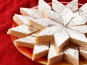Easy Kaju Katli With Milk Powder For Navratri In Hindi