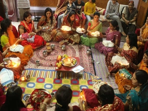 Karwa Chauth 2021 Date Shubh Muhurat Chandra Arghya Timing And Significance In Hindi