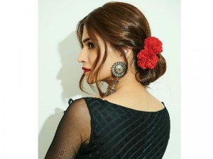 How To Make Low Braided Bun In Easy Steps In Hindi On Karwa Chauth