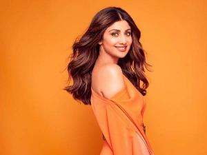 Shilpa Shetty Use Diy Salt Scrub For Soft And Glowing Body In Hindi