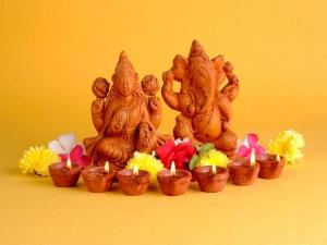 क्यूं की जाती है गणेश-लक्ष्मी की पूजा एक साथ?