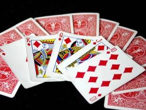 जानिये, दिवाली की रात क्यों खेलते हैं लोग ताश के पत्ते