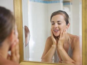 मासिक धर्म के दौरान कैसे पाए रूखी त्वचा से छुटकारा