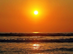 सर्दियों में बस इतनी देर धूप सेंक लेने से मिल जाएंगे ये लाभ
