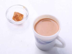 सर्दियों में जाने गुड़ की चाय पीने का फायदा