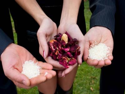 reasons for throwing rice in weddings