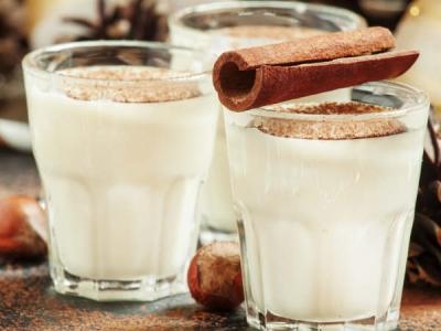 रोजाना सोने से पहले पीएं दूध के साथ दालचीनी, देखिए फायदे ही