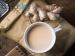 दूध में अदरक मिलाकर पीने से कटती है बीमारियां, जानें कब पीए